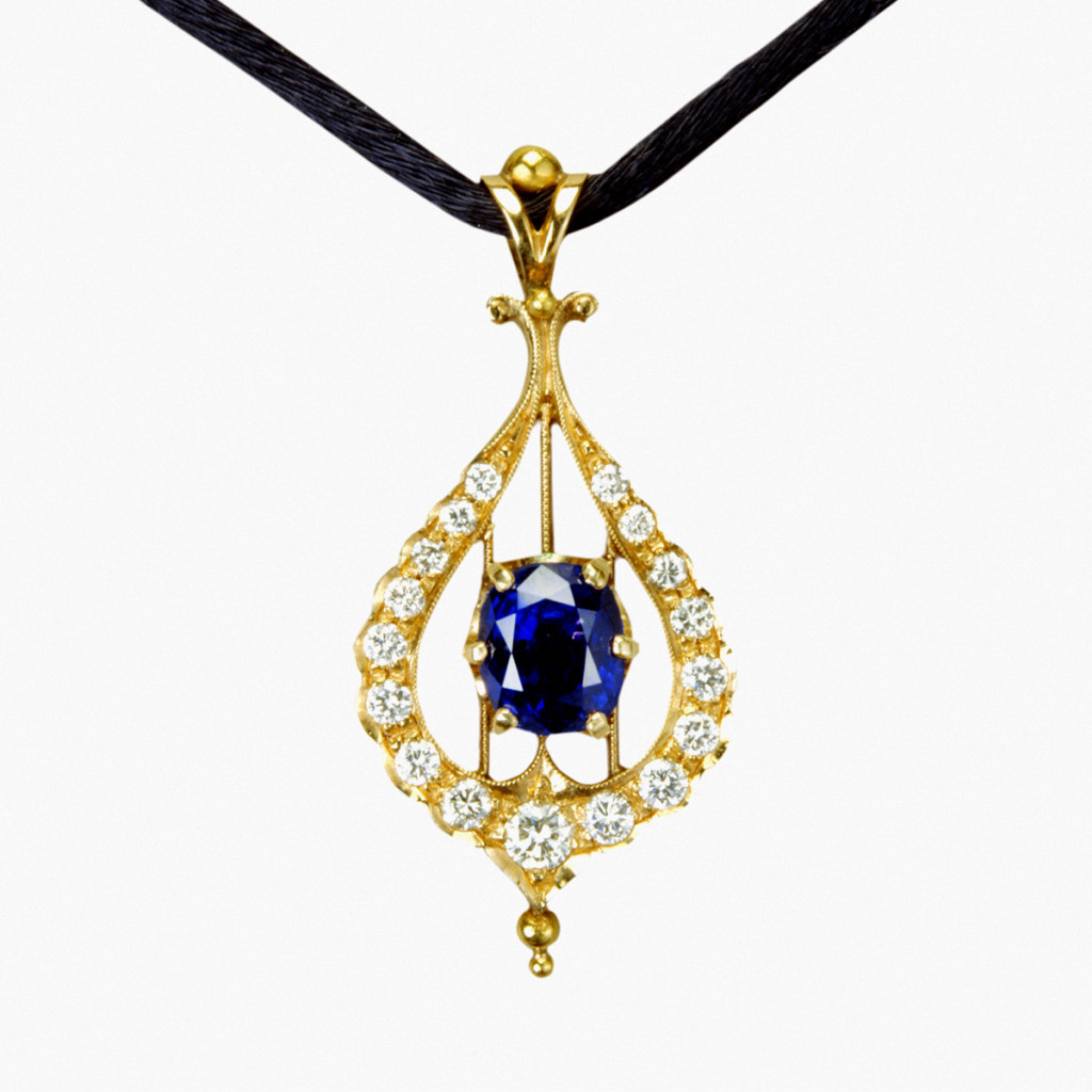 Stefano Zanini pendant made of gold diamonds and sapphires